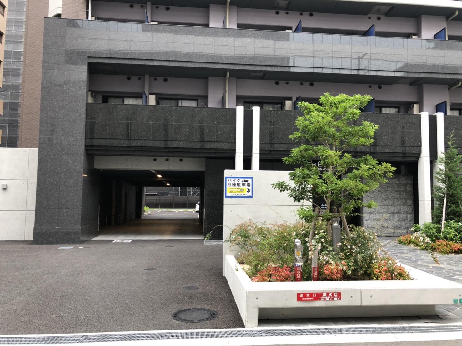 月極駐車場 S-RESIDENCE新大阪WESTの写真1