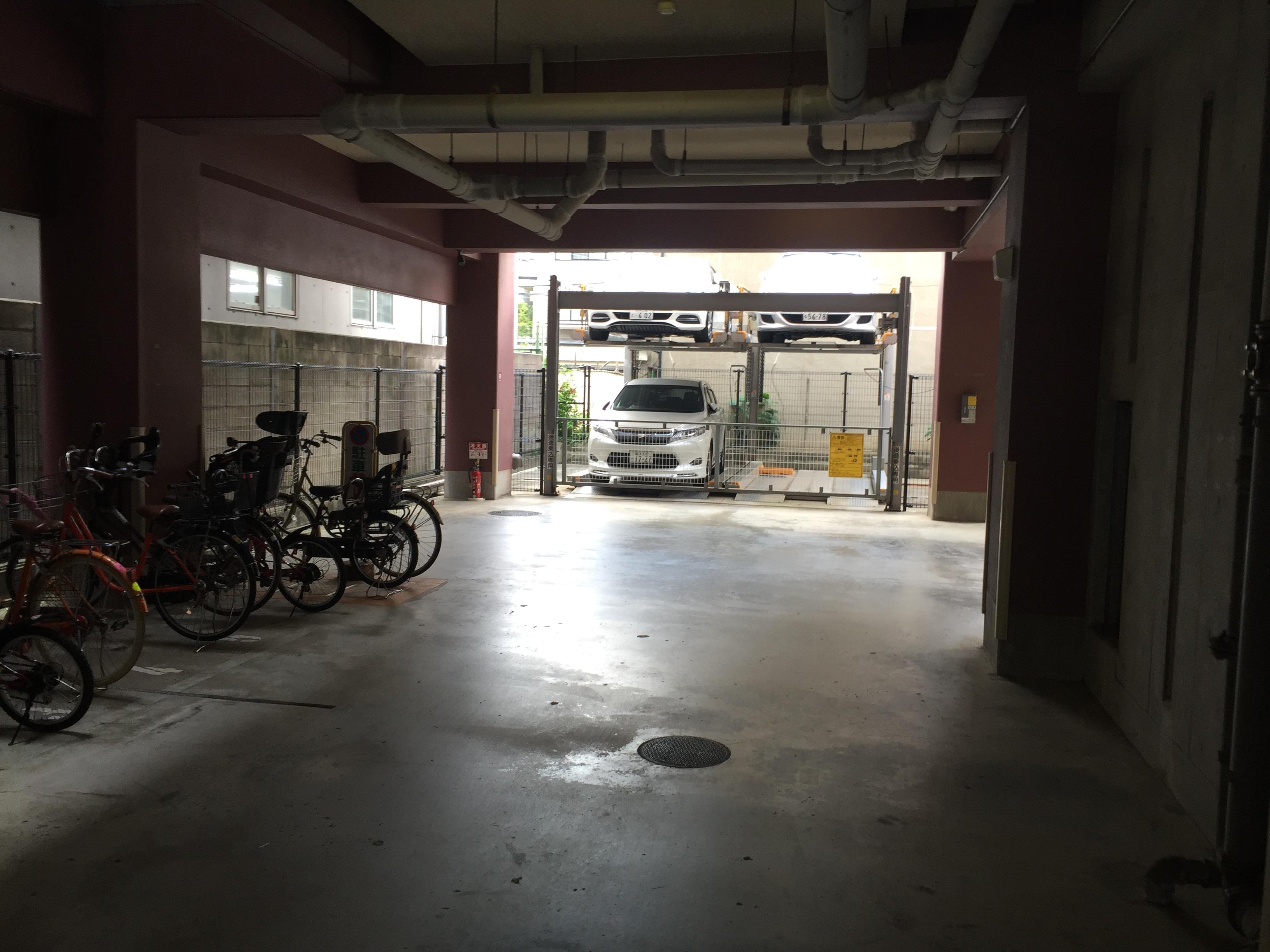 月極駐車場 クラウンハイム西田辺の写真1