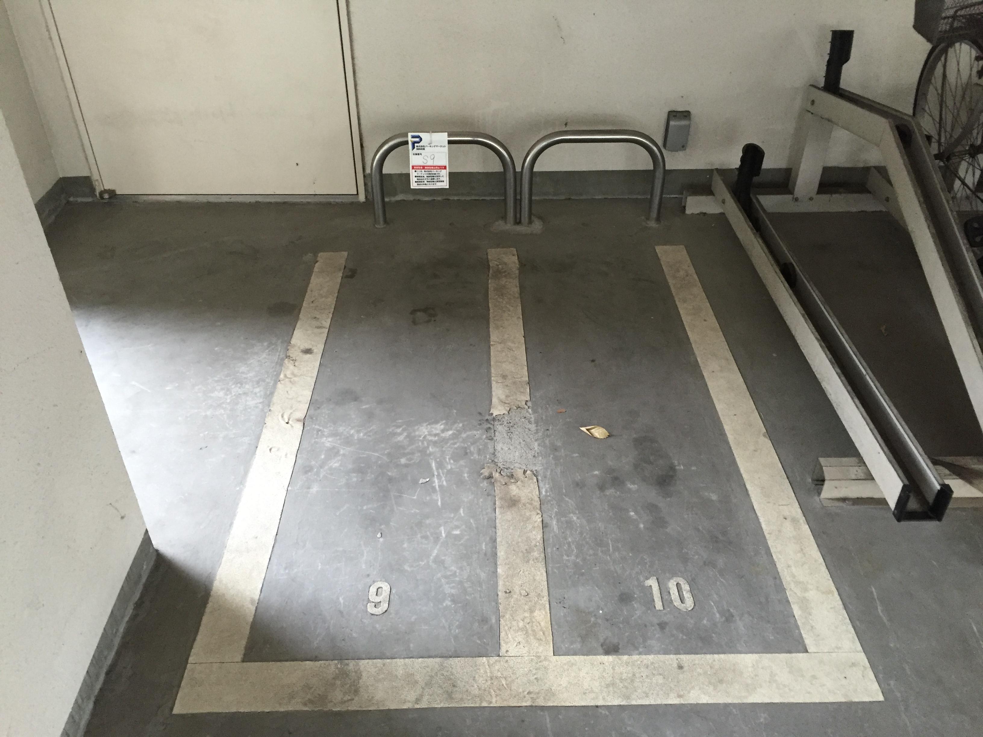 月極駐車場 KDXレジデンス豊中南の写真1
