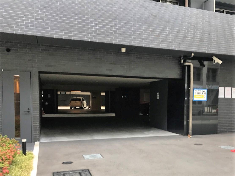 月極駐車場 プレサンスNEO淀屋橋の写真1