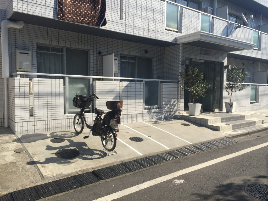極駐車場 ユーコート東長崎の写真1
